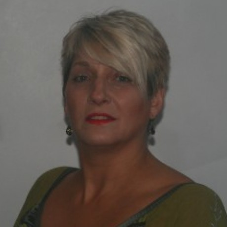 Profile photo of Jackie Hewett